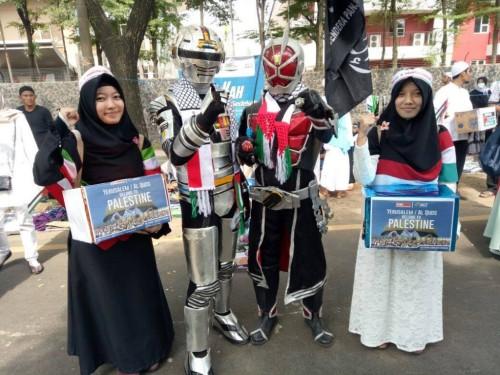Together Save Palestine: Superhero Beramal Bantu Saudara di Palestina